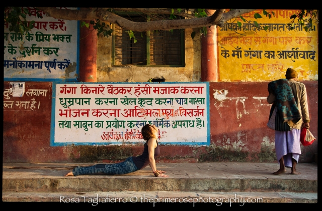 yoga-photography-yogascapes-monika-rishikesh-theprimerose-photography-Rosa-Tagliafierro