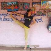 2016-01 Utthitha Hasta Padangusthasana in Mysore, India