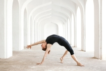 17-02-wild-thing-pose-kamatkarasana-Rosa-Tagliafierro-Ashtanga-Yoga-Italia-Milano