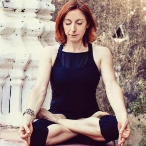 17-02-padmasana-Mysore-Ashtanga-Yoga-Italia-Milano-Rosa-Tagliafierro