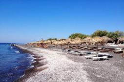 Perissa - Black beach