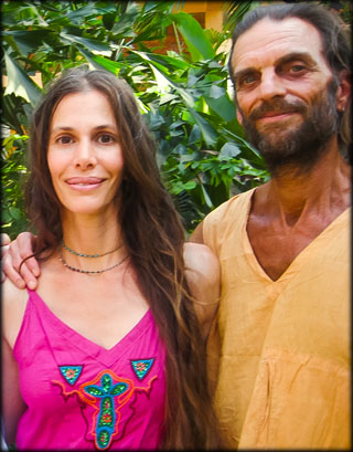 ashtanga-yoga-in-Goa-with-Rolf-and-Marci-Naujokat