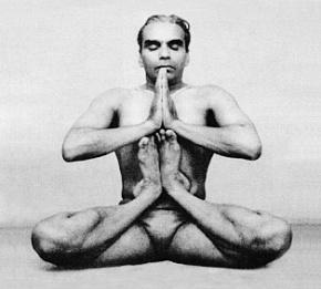 yoga-per-uomini-e-donne-ashtanga-yoga-italia-milano-rosa-tagliafierro