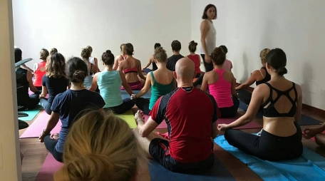ashtanga-yoga-italia-milano-classe-guidata
