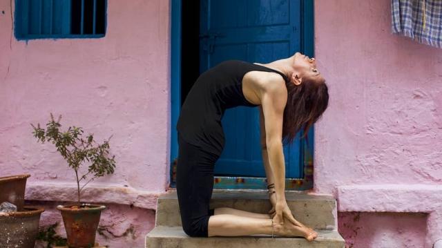 rosa-tagliafierro-ashtanga-yoga-italia-milano-ustrasana